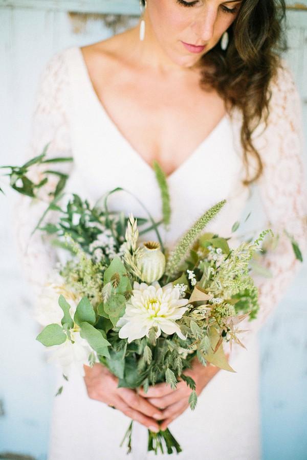 Nessa Buonomo bridal bouquet
