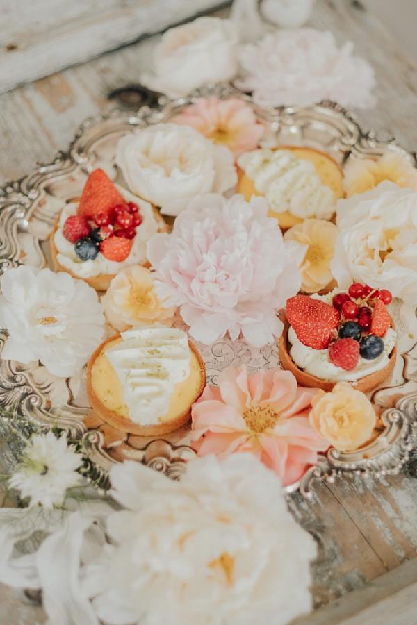 Provence wedding cakes