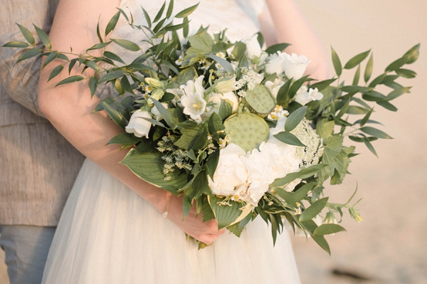 White inspired floral bouquet