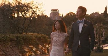 Airsnap French wedding videographer couple walking bastide gordes