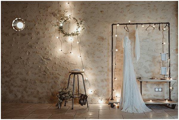 beautiful natural look with an elegant wedding dress