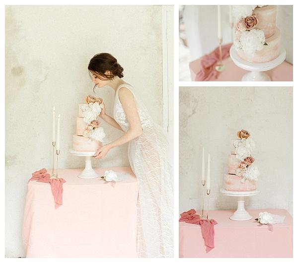 deelicious pink cake