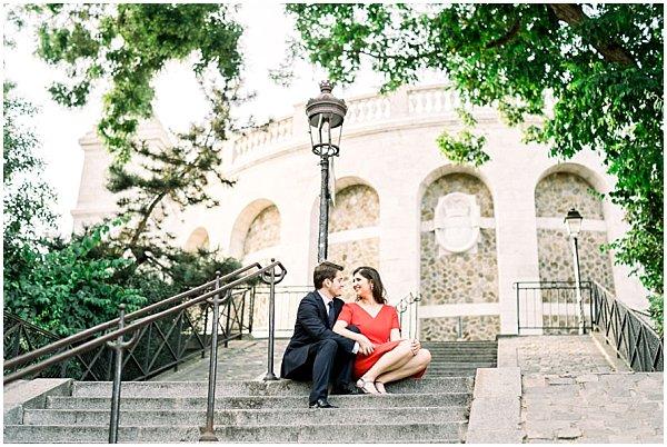 romantic engagement photo shoot in paris