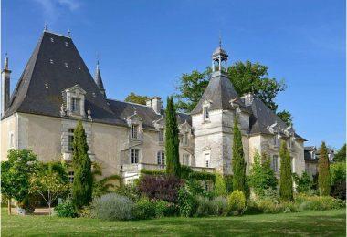 Chateau Perigord by Big Domain
