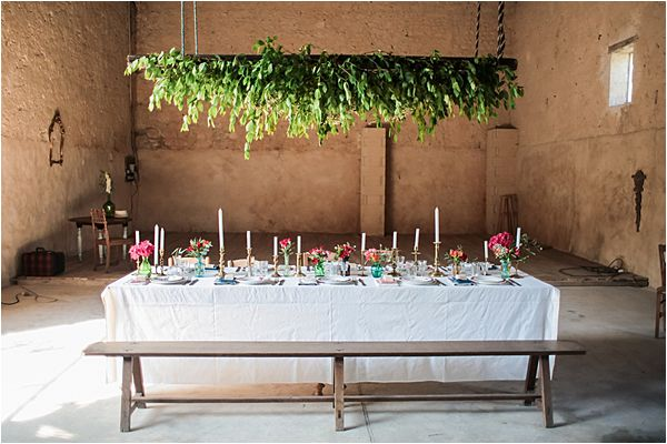 Dare to be Different wedding inspiration in France Table decor