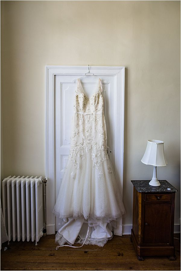 Enzoani bride for real wedding at Chateau La Gauterie 0771