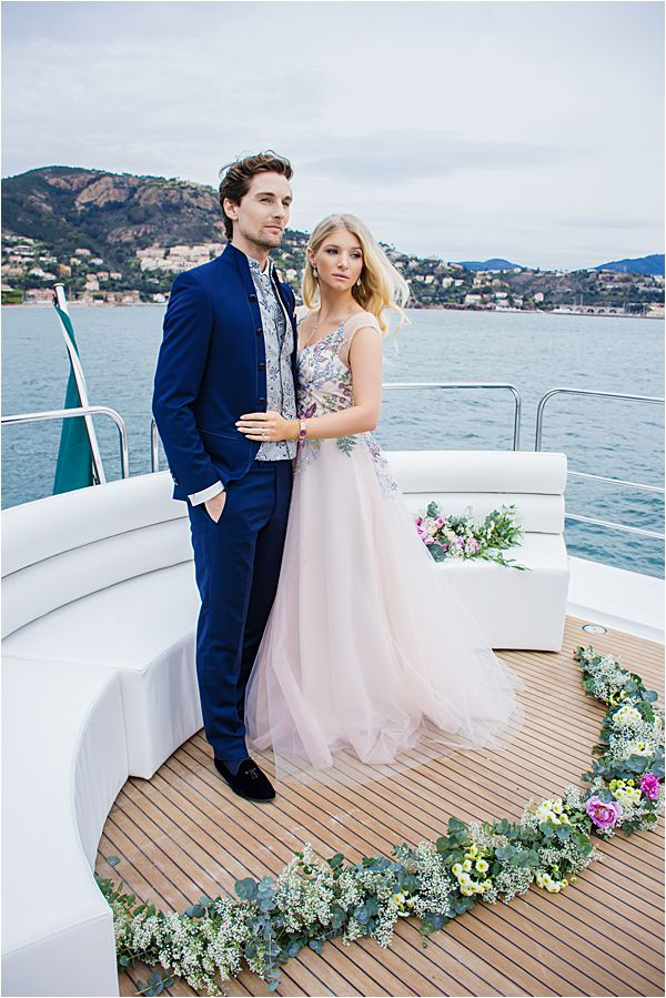Exclusive Yacht wedding and anniversaries in France 0909