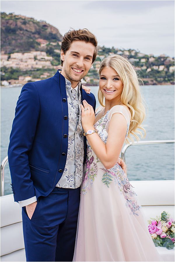 Exclusive Yacht wedding and anniversaries in France Models