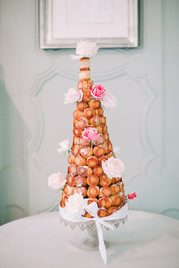 19 Elian Concept Weddings Wedding planner Getting married in France Croquembouche Boheme Moon Photography
