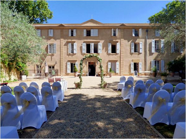 Chateau Rieutort South of France wedding venue