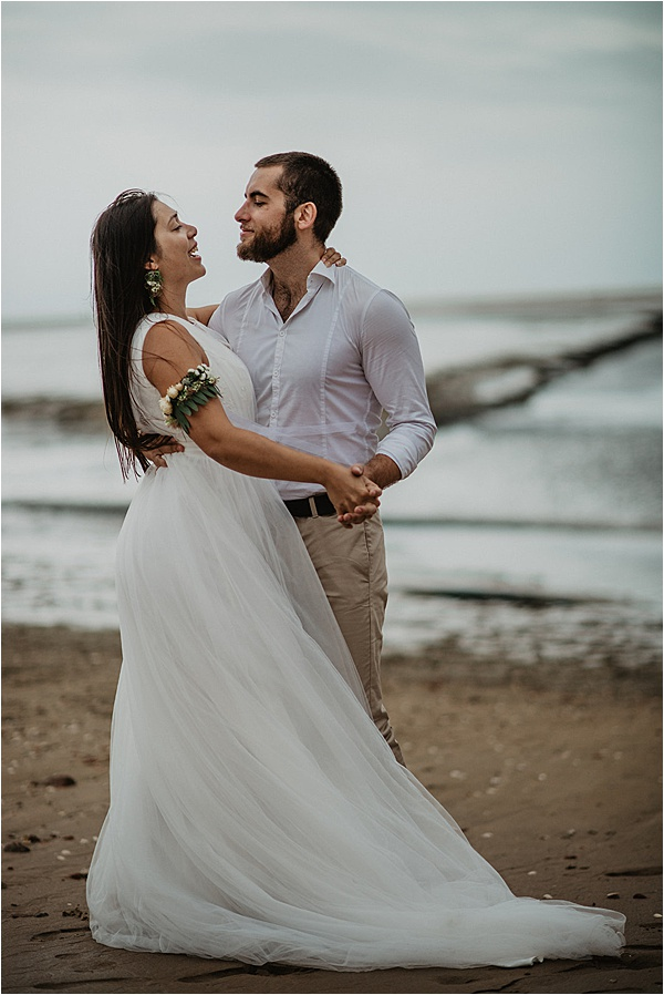 Beach wedding ideas Couple