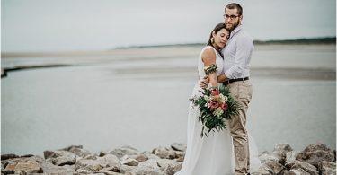 InspiMariage Touquet Tropical 29072018 CopyrightMorganeBall couple 809871 Beach wedding ideas couple
