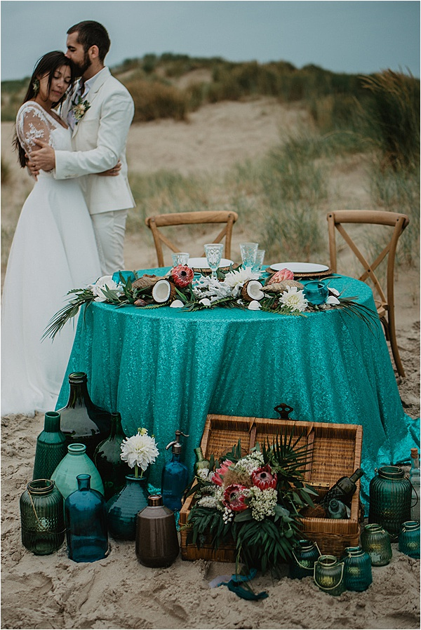 Beach wedding ideas Table Setting