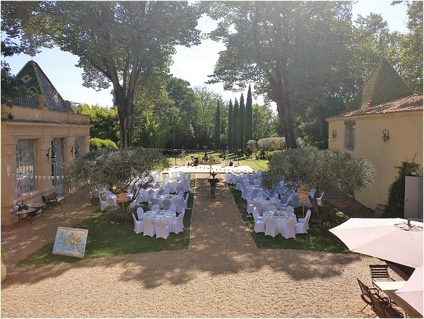 Fine art wedding in Languedoc France