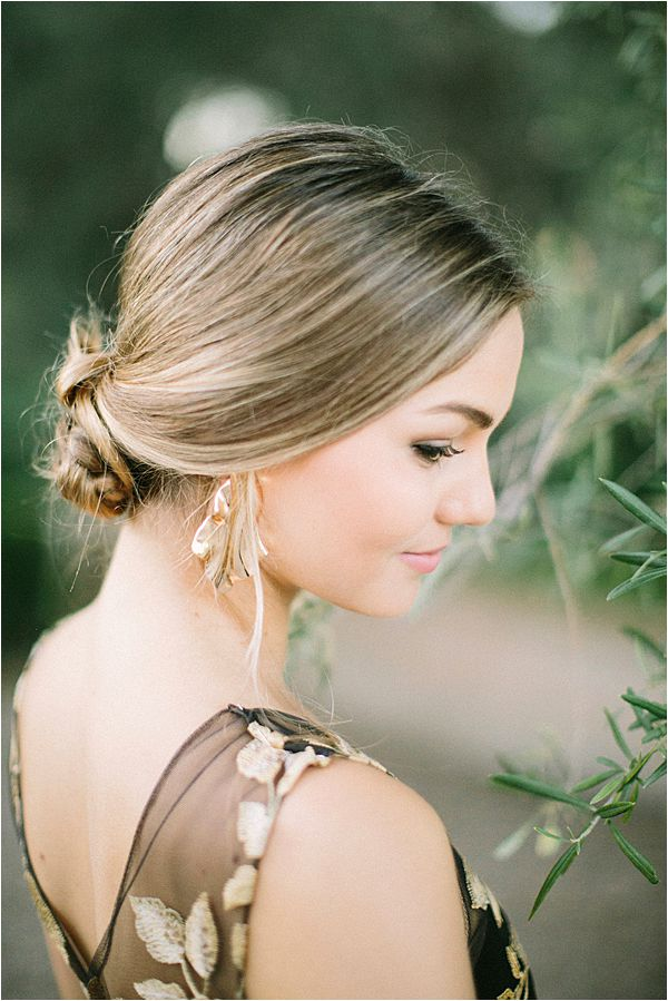 Bride's hair Wedding at Bastide du Roy Provence
