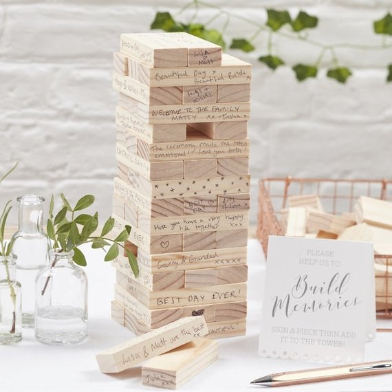Build a membory wedding guest jenga block