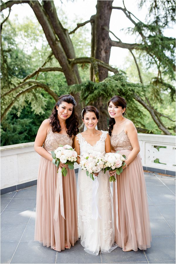 Chateau Bouffemont bride and bridesmaids