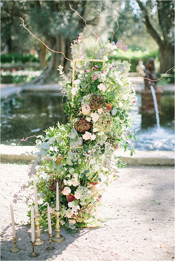 Flower stand in Wedding at Bastide du Roy Provence