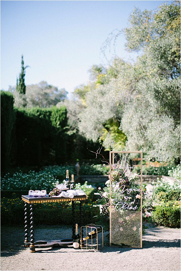 Wedding at Bastide du Roy Provence - Wedding signage