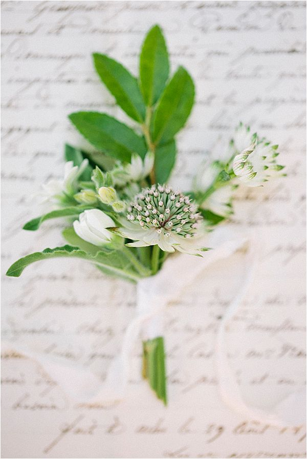 Wedding at Bastide du Roy Provence boutonniere