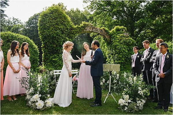 garden ceremony wedding at Château de Méridon