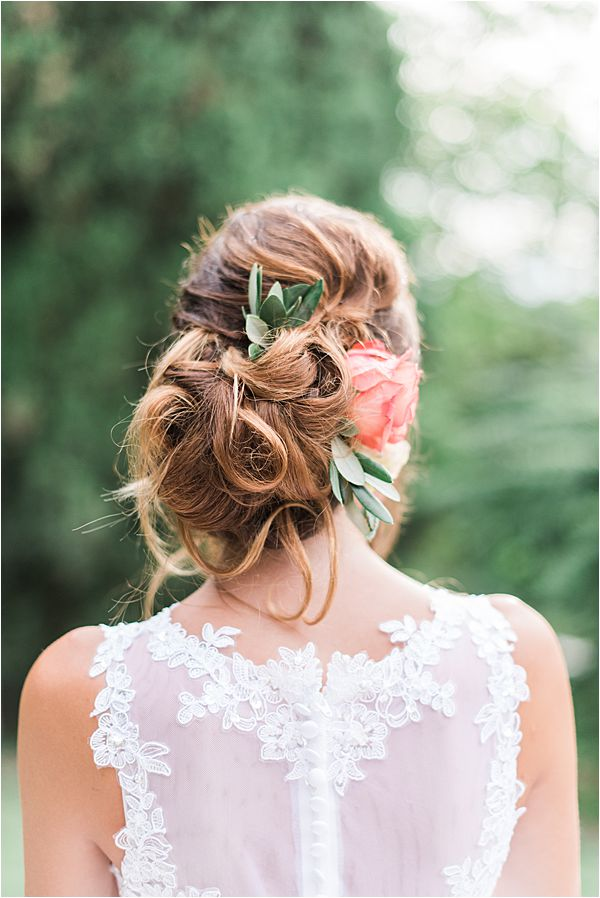 on fleek hair at paradise of birds wedding on French