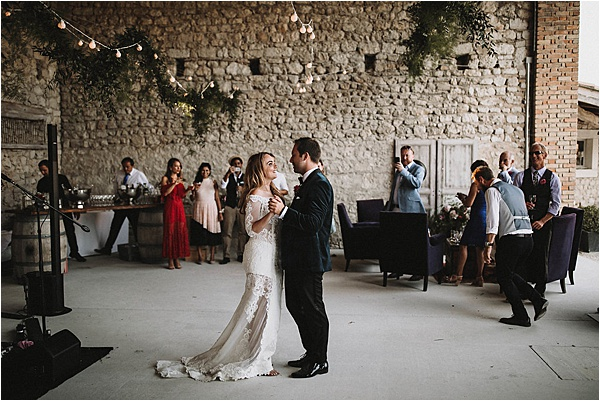 Couples First Dance at wedding in Vaucluse France