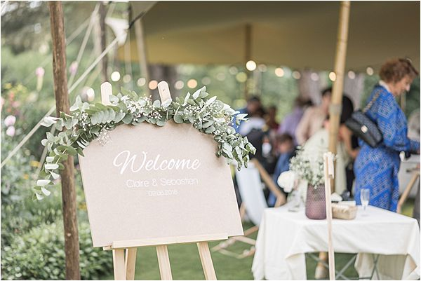 welcome signage at Destination Wedding Planning in Gascony