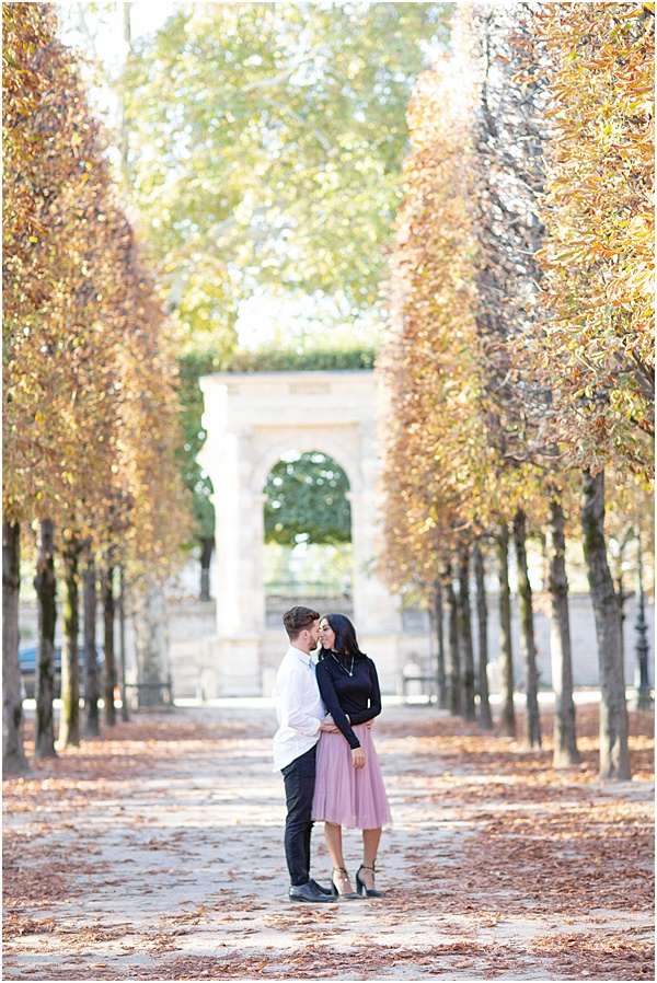 Honeymoon Shoot in Paris Kissing Couple