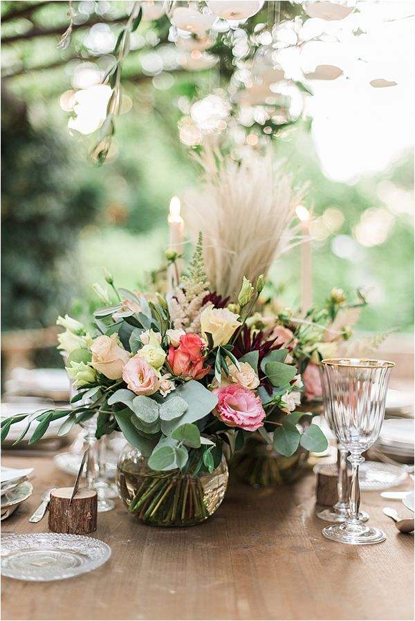 lush flower arrangements at paradise of birds wedding on French Riviera