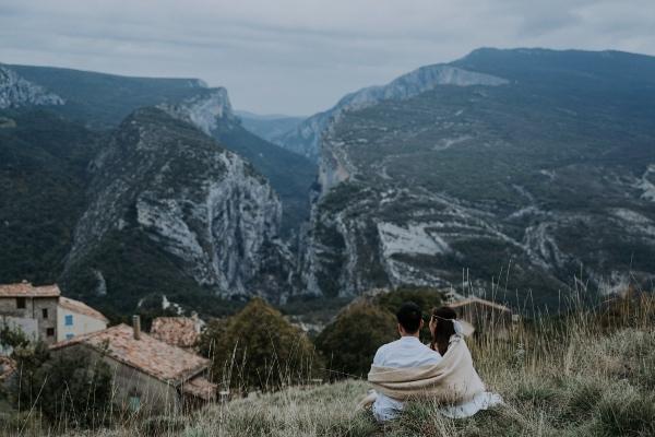 Couple on Rougon Mountain