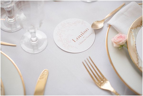 Elegant Place Setting Gold Cutlery