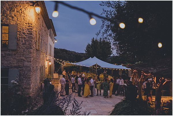Festoon Lighting France Venue