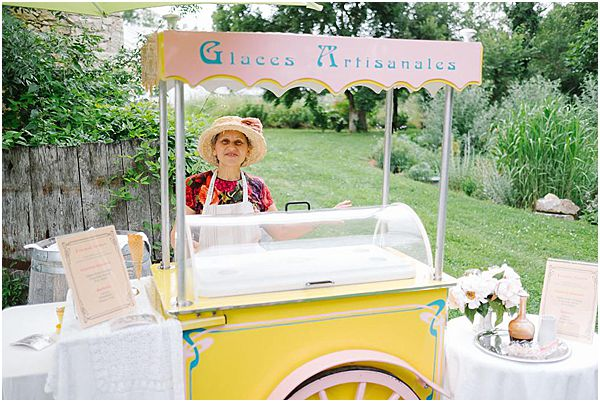 Ice Cream Cart at Chateau