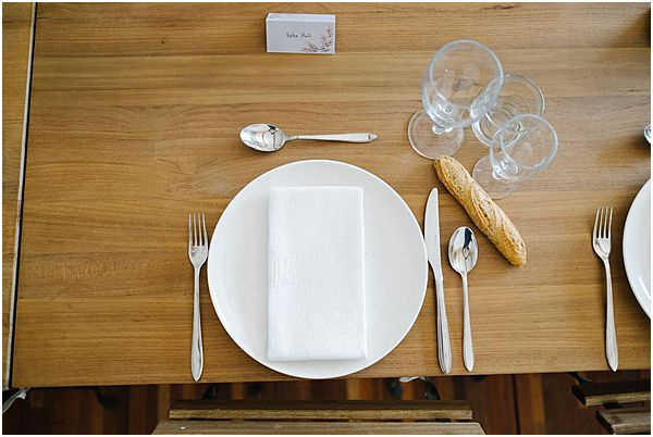 Minimalist Place Setting