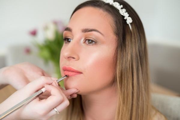 Nude Lips Bridal Makeup