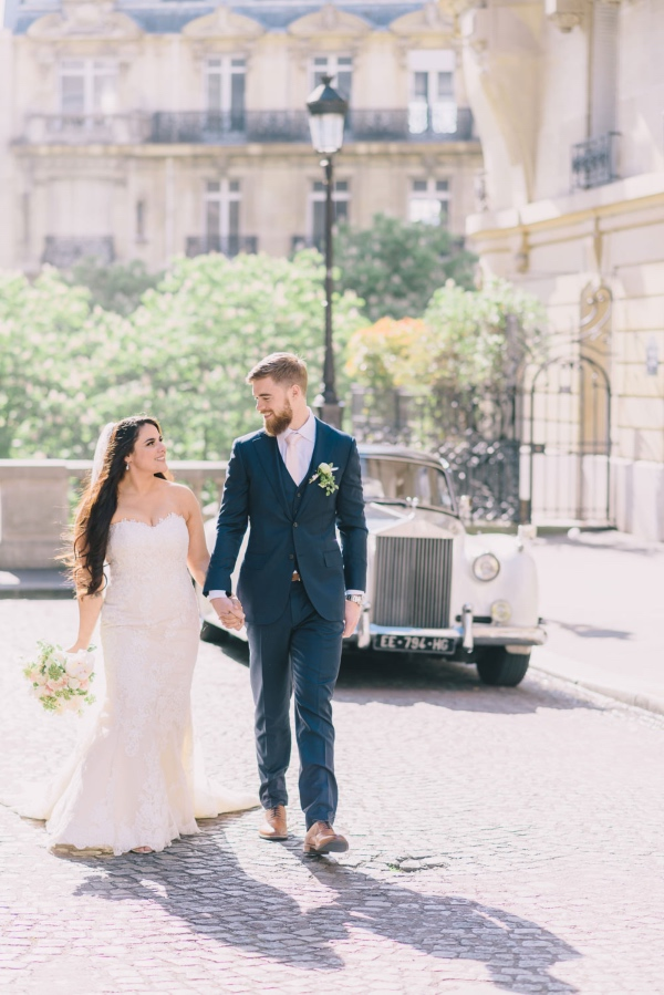Paris elopement France Couple