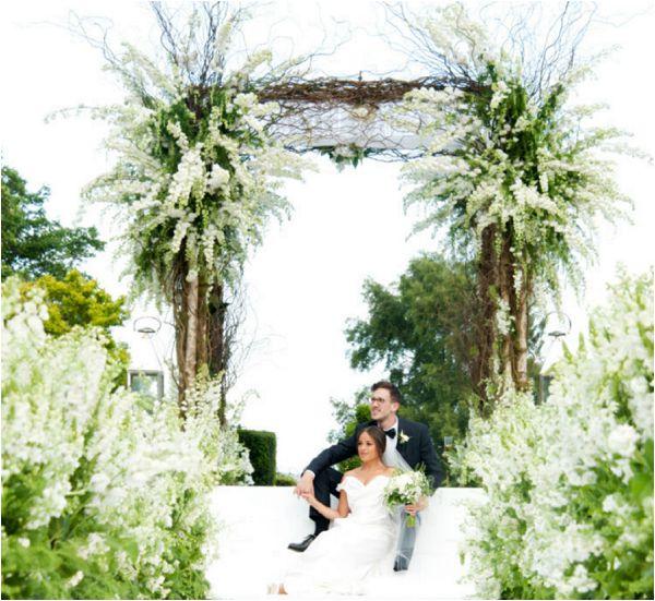 Paula Rooney luxury wedding florist France