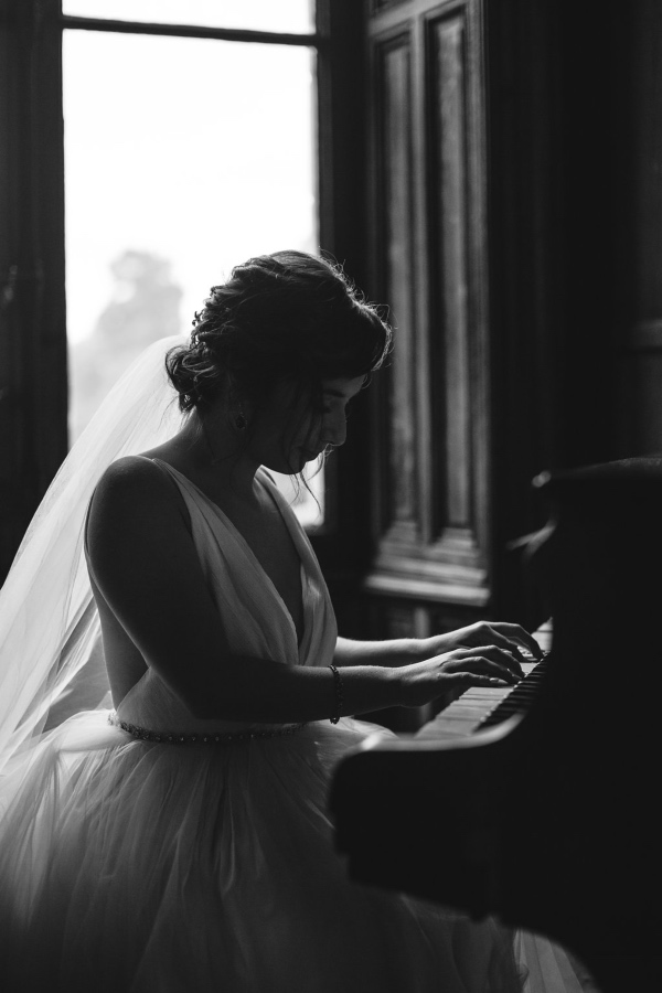 Bridal photo on Piano