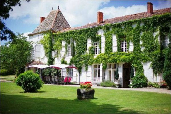 Dordogne Wedding Venue Chateau de Fayolle Best Wedding Venues in Aquitaine