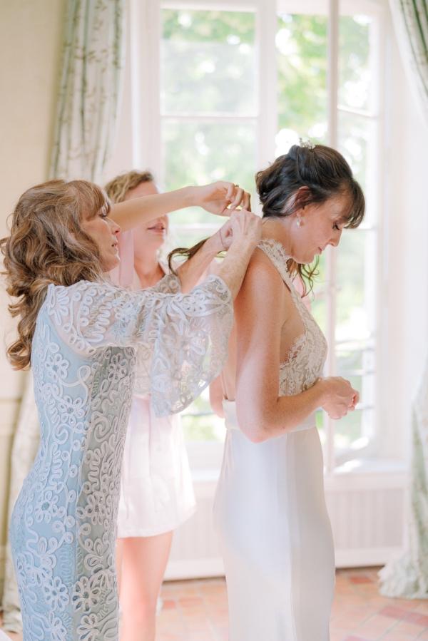 bridal dress help