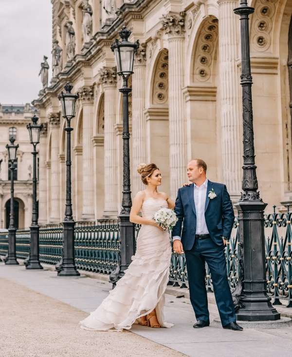 france elopement couple