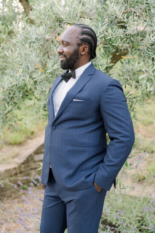 groom in blue tux
