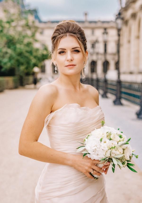 modern romantic paris bride