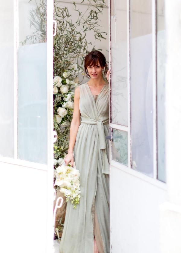 modern summer bridal