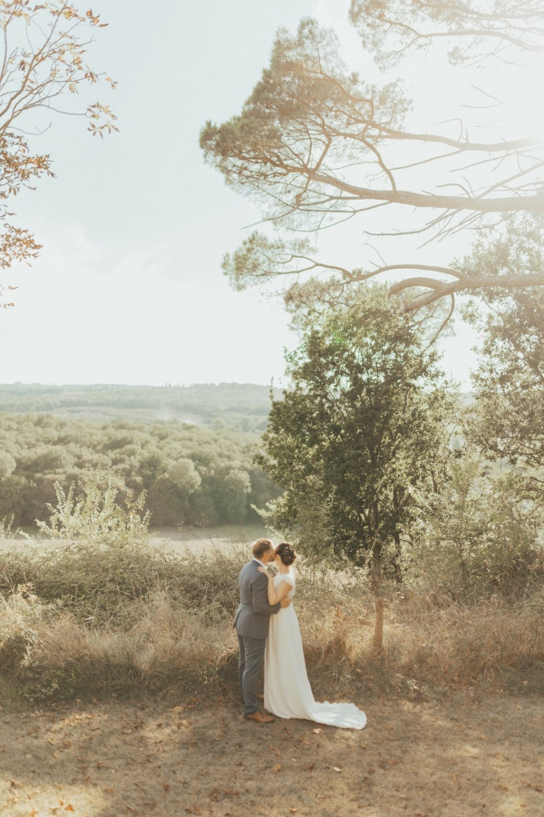natural and elegant french wedding