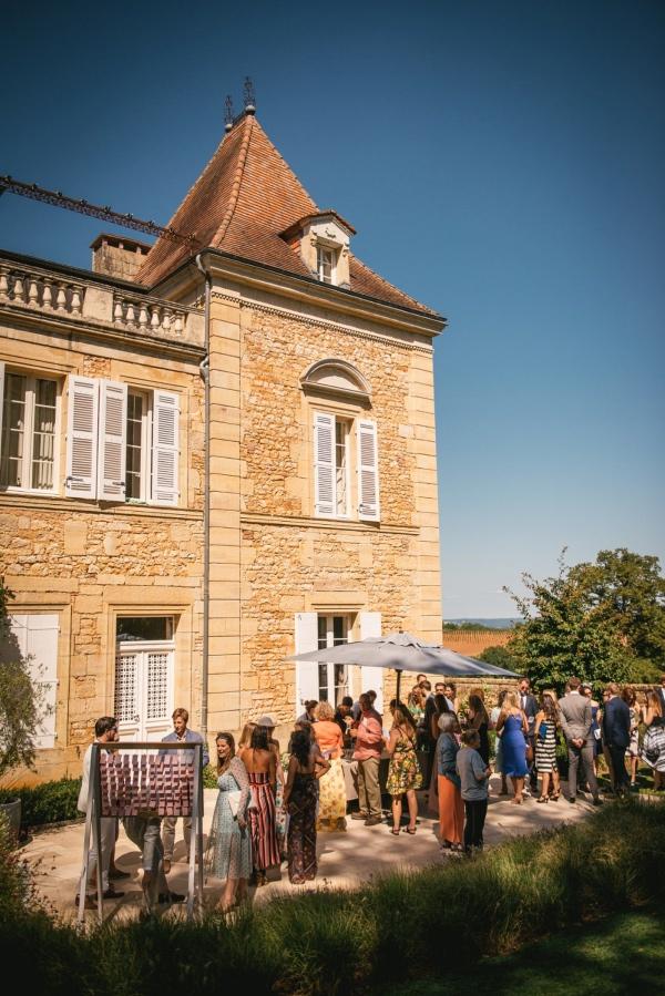 outside of Chateau de Redon