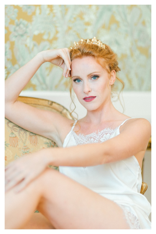 relaxed vintage bridal look