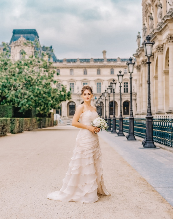 ruffled bridal gown france