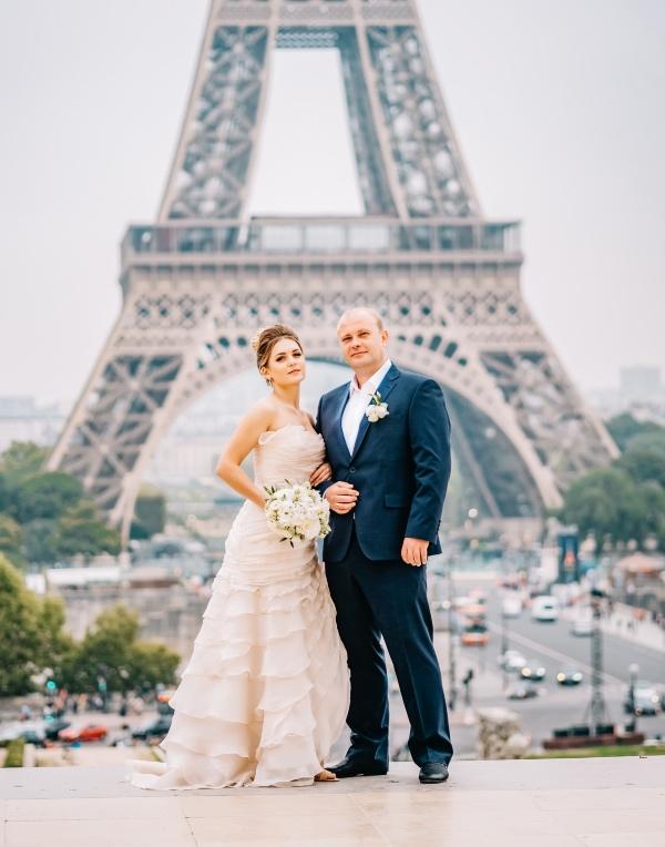ruffled bridal gown paris